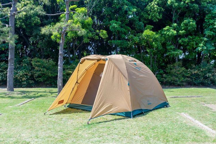 タフドーム240インキャンプ場