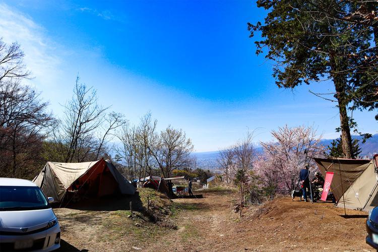黒坂オートキャンプ場 テントサイト